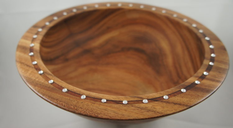 Bowl with Swarovski crystal embellishments